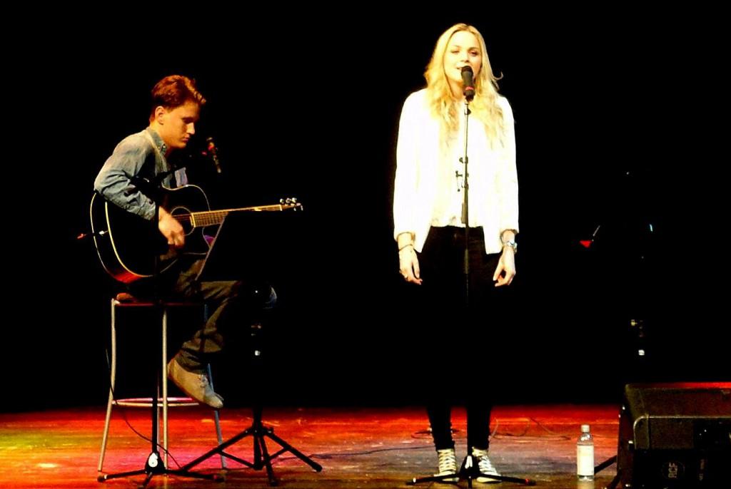 Johan Hallberg och Rebecca Lennartsson